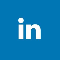 Quieres un perfil profesional. LinkdIn es tu red social. Aquí podrás conectar con profesionales, difundir información actualizada de tu empresa y contactar directamente con profesionales.